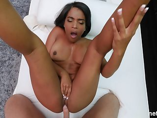 Curvy ebony amateur Sydney sucks and rides in a shed session