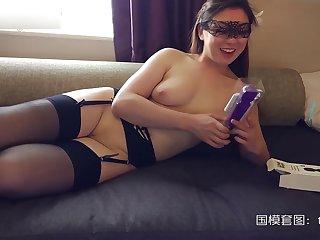 London Chinese Cantonese slut carla grace fucking on the phone