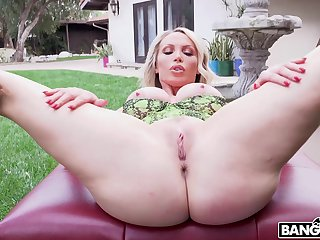 Hardcore fucking at home with mature housewife Nikki Benz. HD