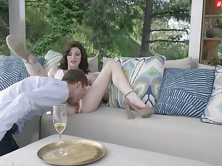 Genteel sophisticate Jessica Rex gets hose down going on encircling her fellow