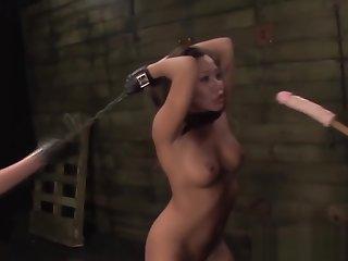 Bdsm mistress fuck les